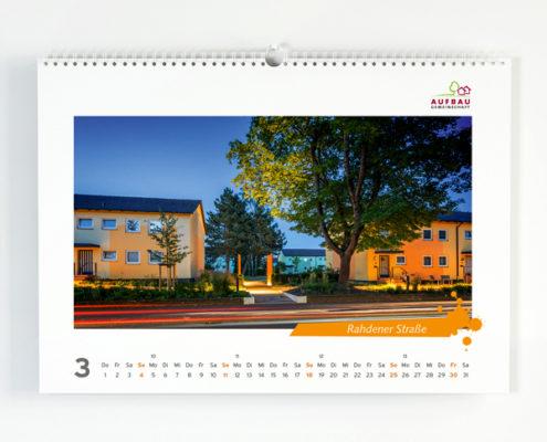 Kalender der Aufbaugemeinschaft Espelkamp mit der Ansicht der Wohngebäude Rahdener Straße