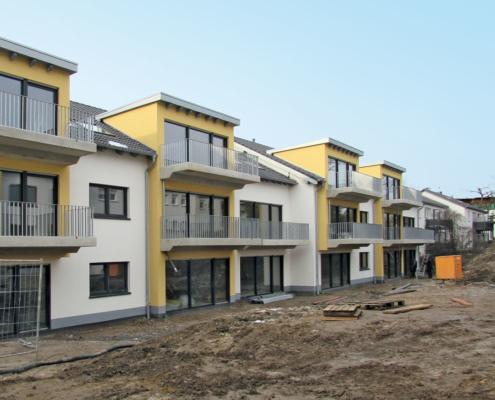 Vorher Bild: Neubau mit unfertiger Außenanlage