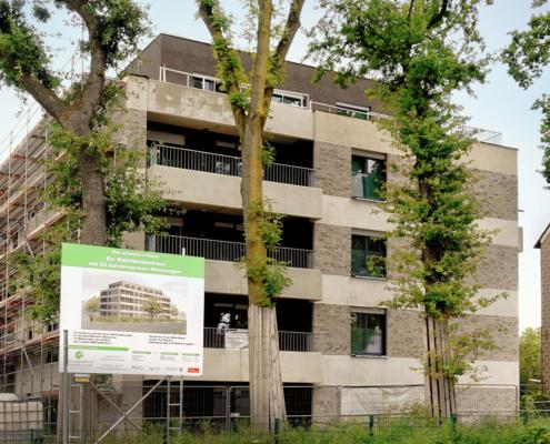 Nachher: Mehrfamilienhaus im Bau geradegestellt